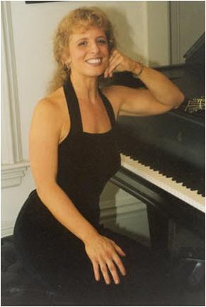 Jayne-Kelly at the piano