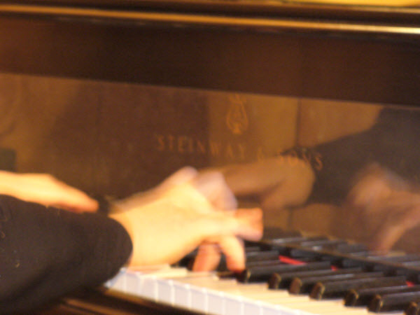 pianohands2